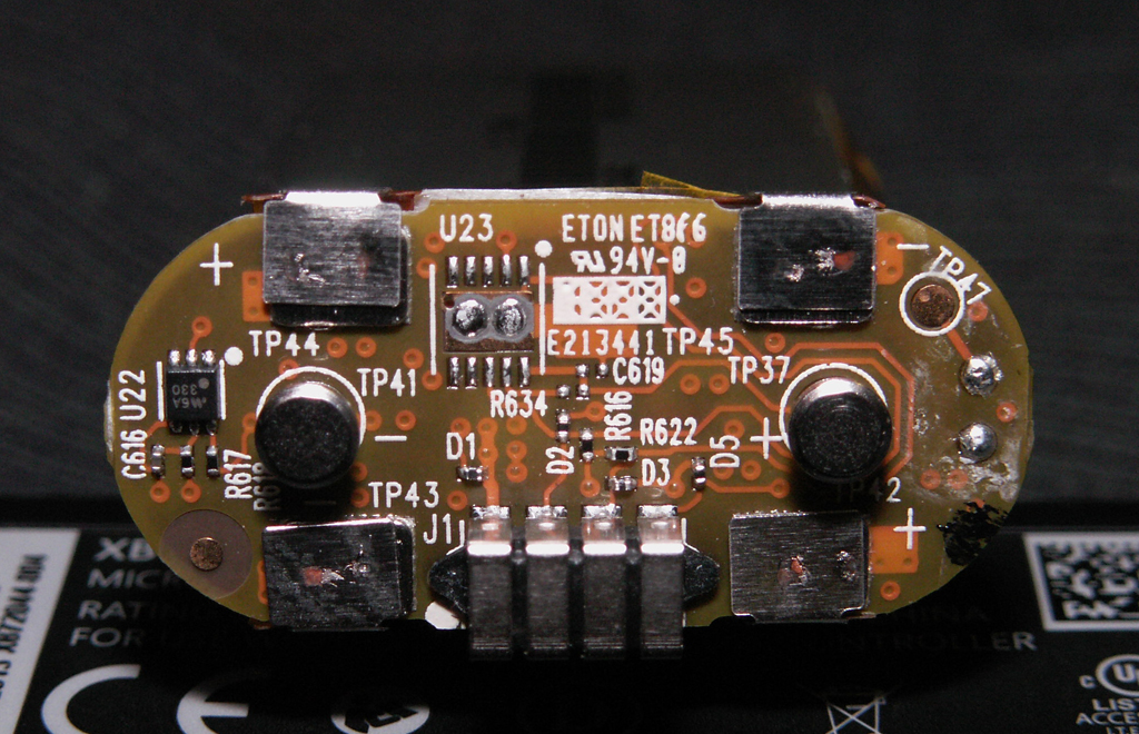 XB1 Controller PCB Scans, Traces and Info - 1537 on